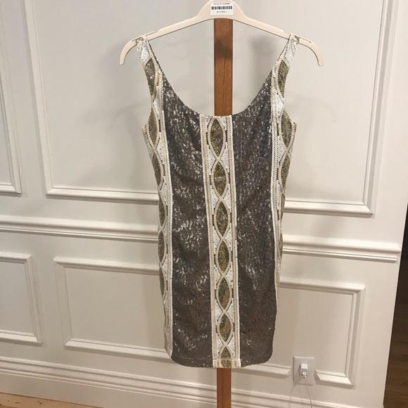 MINUET PETITE SLEEVELESS DRESS brand new